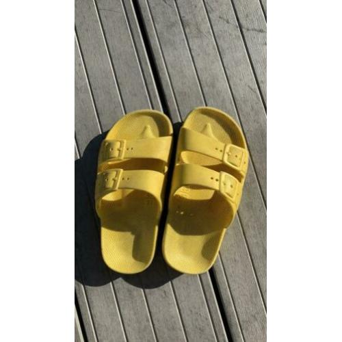 Nette gele Freedome Moses sandalen mt 26-27